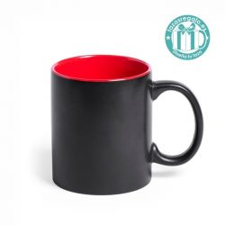 Taza negra personalizada con interior rojo